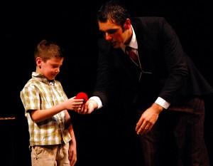 Magia en teatro Almeria. Piccolo-Camerino